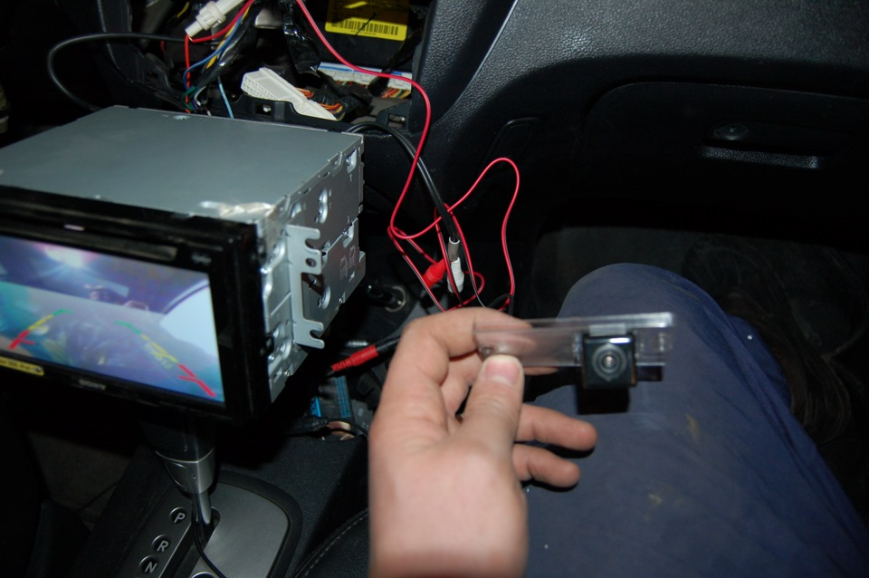 Установка камеры заднего вида своими руками фото